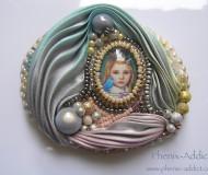CHARLOTTE : détail du bijou